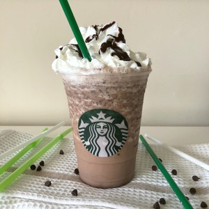 Copycat Starbucks Chilled Double Chocolate Chip Frappuccino Pamsdailydish Erich Wagner