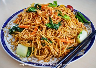 nudels mie  Instant Pot Mie Goreng or Indonesian Noodles | LadyJMayo | Copy Me ...