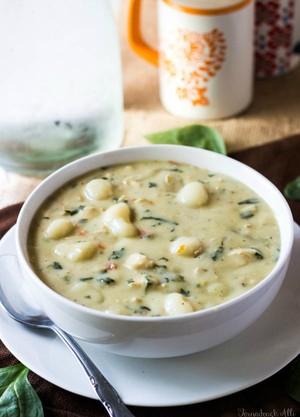 olive garden chicken gnocchi soup tornadoughallicom jess - Chicken Gnocchi Soup Olive Garden