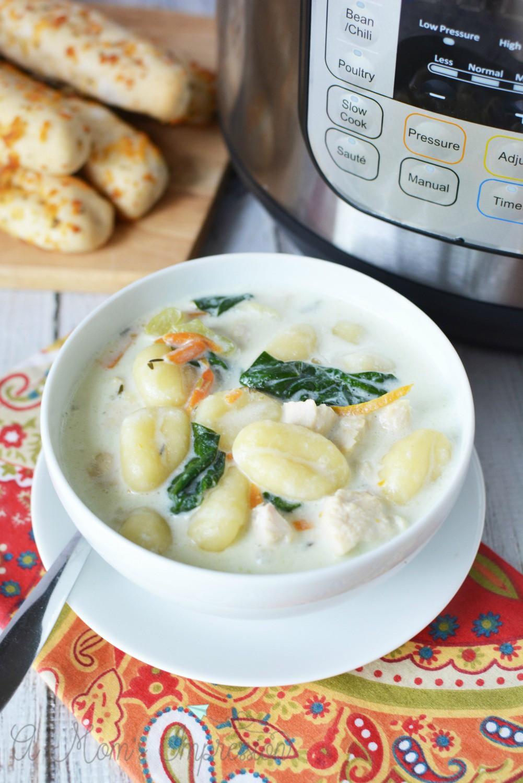instant pot olive garden chicken gnocchi soup l copy me that - Chicken Gnocchi Olive Garden